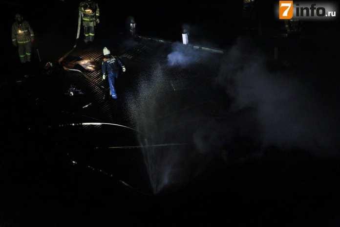 Фоторепортаж с тушения пожара в пекарне в Рязани