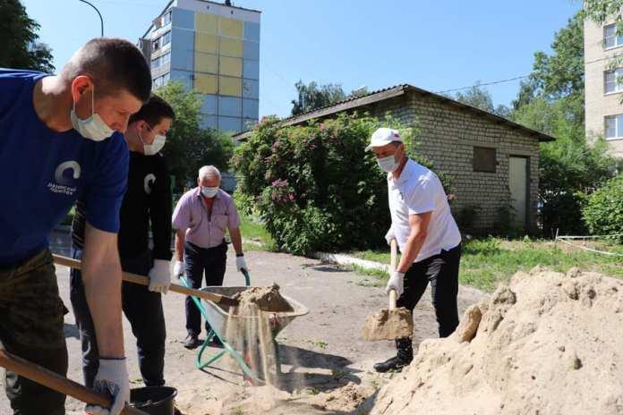 Депутат Рязанской облдумы помог детсаду благоустроить площадки