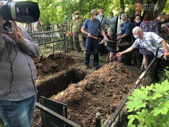 Погибший в ДТП с Ефремовым рязанец доставлен к месту погребения
