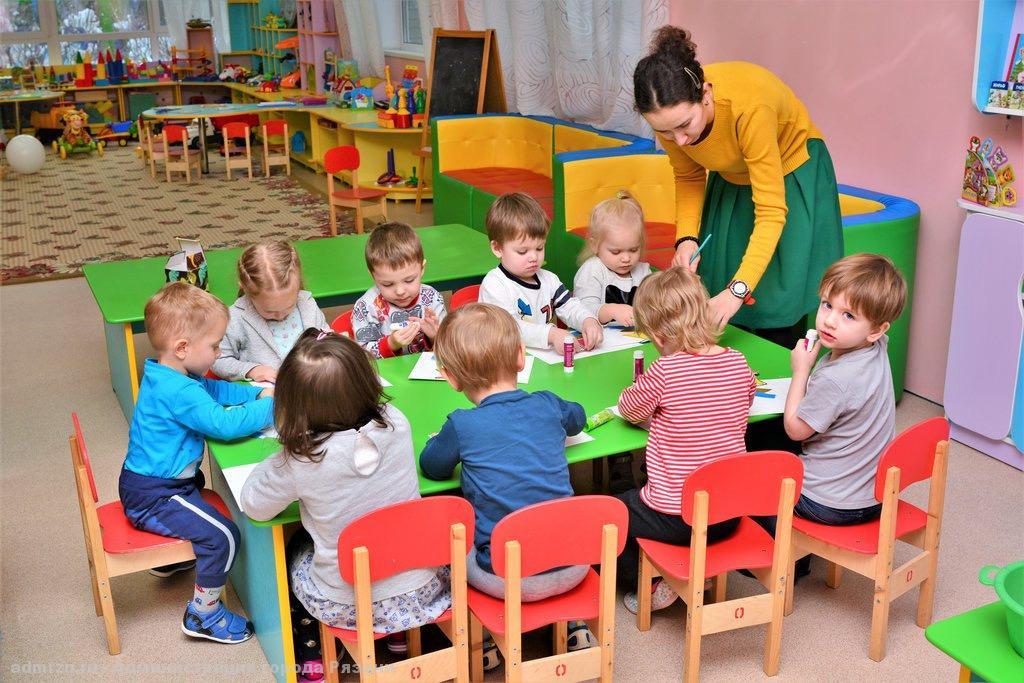 Детей из десяти рязанских детсадов переведут в другие учреждения