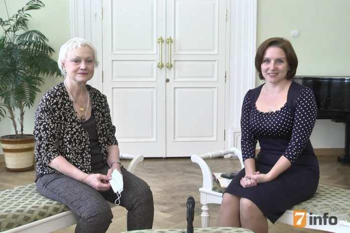 Валентина Комолова: Костюм – это не просто жакет, юбка, блузка, но и душа, и мысли, и чувства