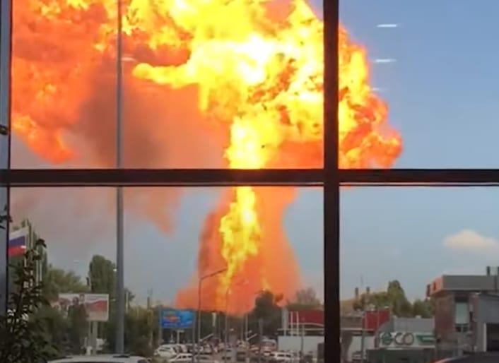 В Волгограде взорвалась АЗС