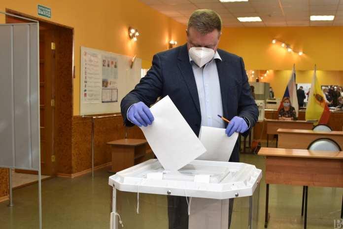 Николай Любимов проголосовал на выборах в Рязанскую областную Думу