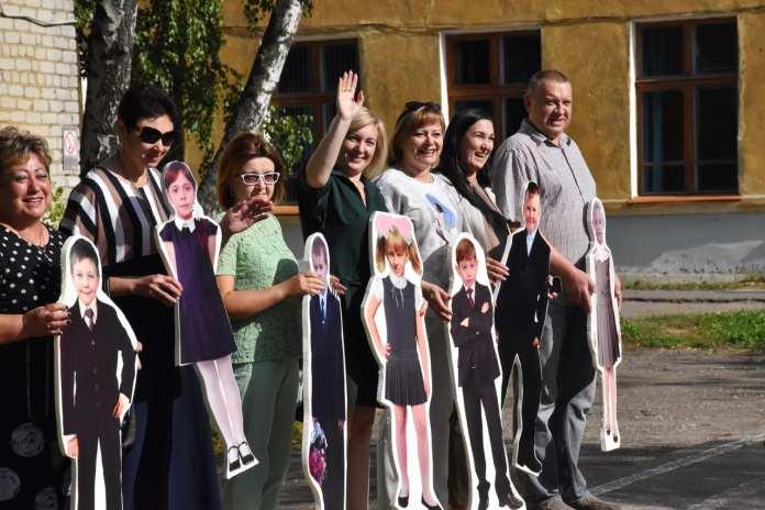 В Рязанской области на линейку 1 сентября привели «картонных» детей