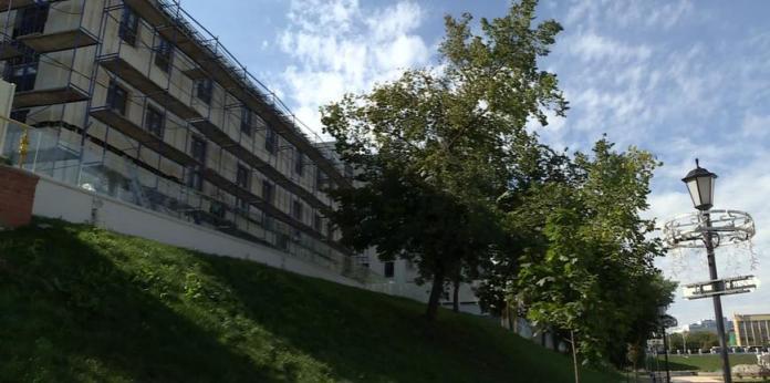 В Рязани суд обязал владельца здания снизить его высоту