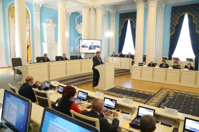 Николай Любимов поблагодарил депутатов Рязанской облдумы шестого созыва за работу