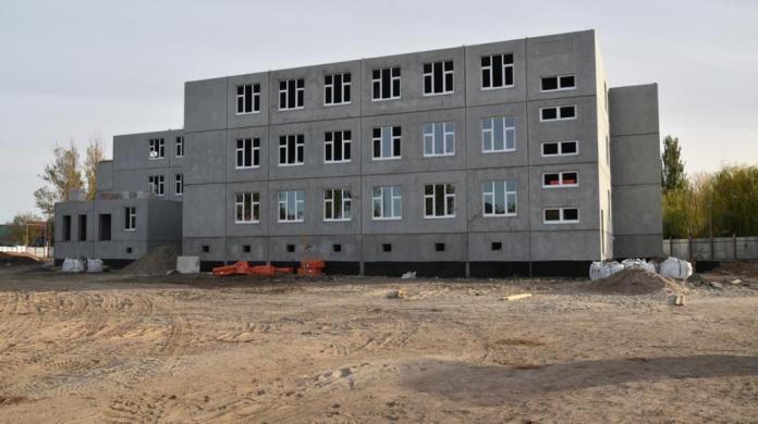 В Астрахани строят два новых детских сада