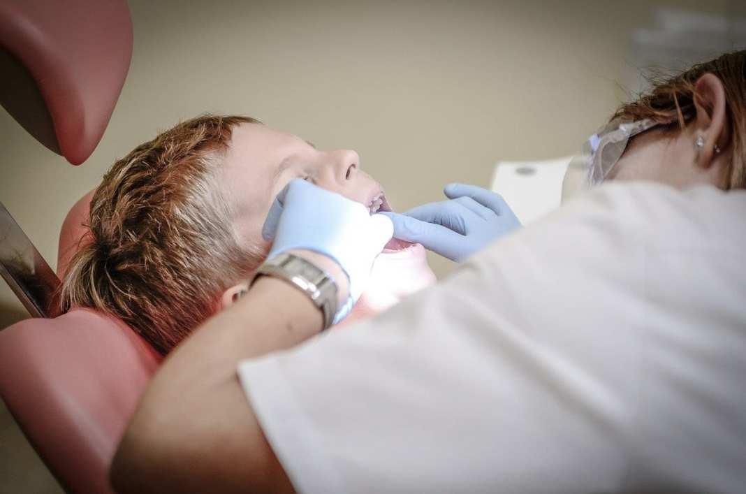 Специалисты рассказали, сколько раз можно посещать стоматолога