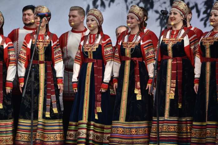 В Константинове отметили 125 лет со дня рождения Сергея Есенина