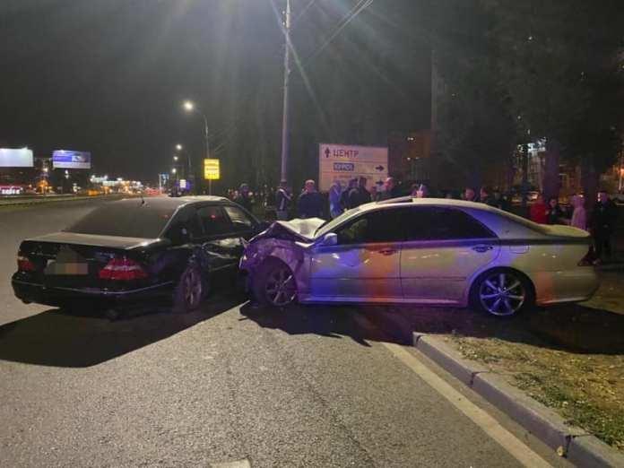 В массовой аварии в Воронеже погибли два человека