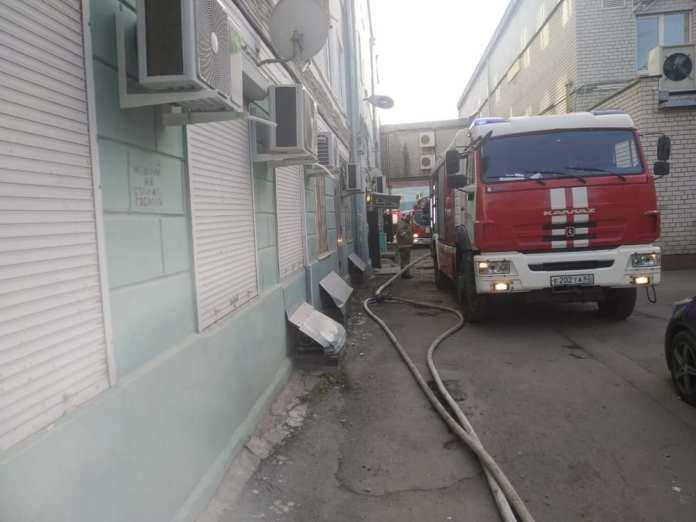 На пожаре в центре Рязани эвакуировали 10 человек