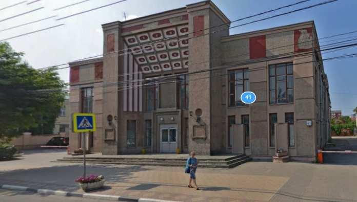 """В бывшем кинотеатре """"Родина"""" в Рязани откроется центр военной подготовки"""