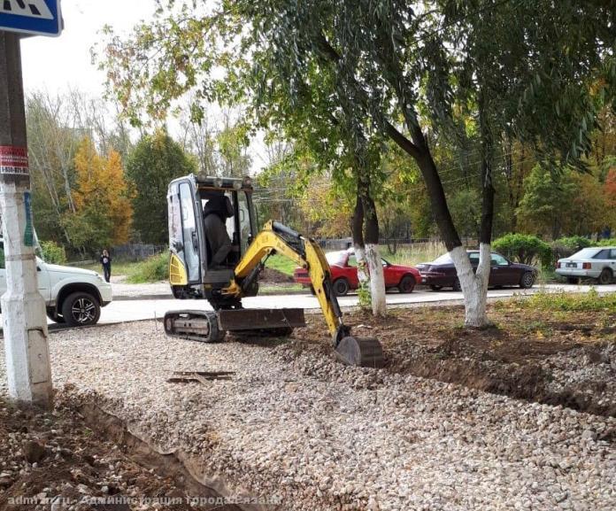 Работы на Севастопольской аллее в Рязани завершат к концу месяца