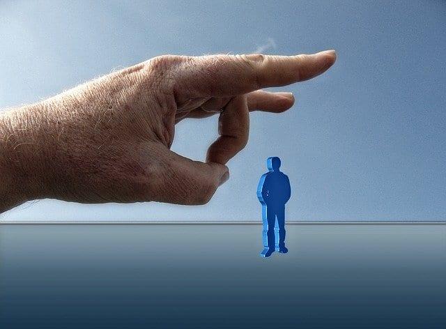 Что делать, если работодатель вынуждает написать заявление об увольнении?