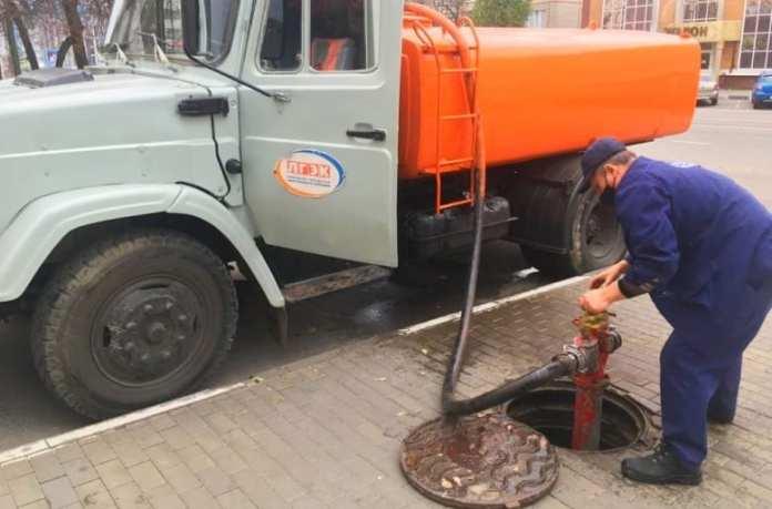 Жители 27-го микрорайона Липецка остались без холодной воды из-за аварии на сетях