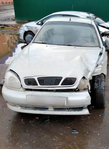 В Сараях произошла массовая авария с участием трех автомобилей