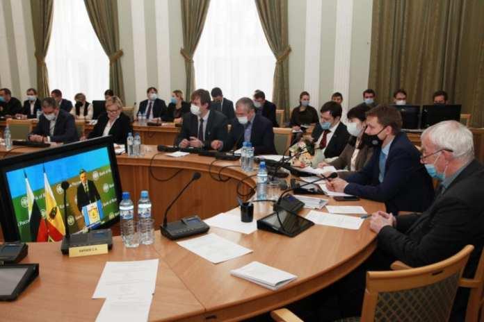 Сергей Кузнецов рассказал рязанским депутатам, почему Банк России не менял ключевую ставку в октябре