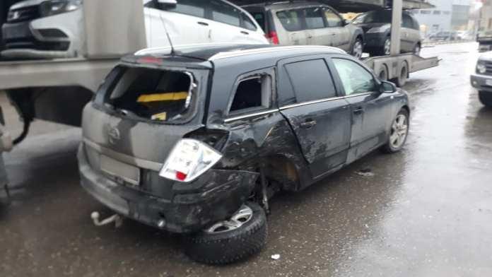 В Рязани из-за аварии Opel с Toyota пострадал водитель одной из машин