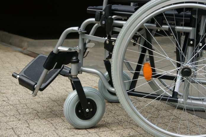 Клепиковца будут судить за ограбление и избиение пожилой женщины-инвалида