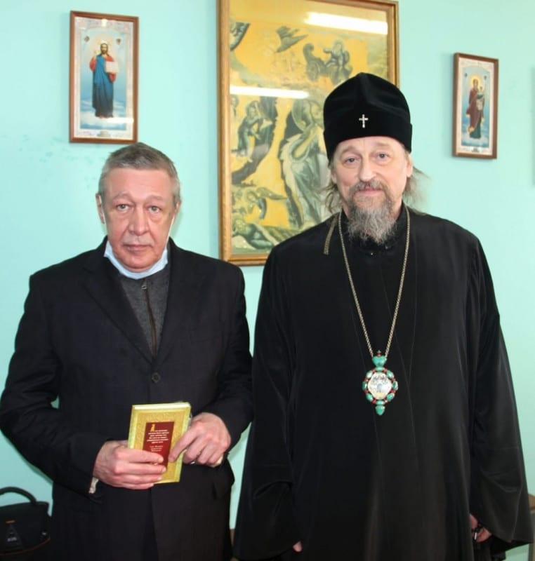 Михаил Ефремов рассказал о жизни в белгородской колонии