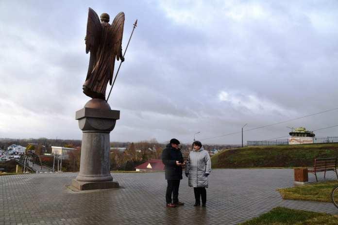 В Михайлове продолжается благоустройство городского сада