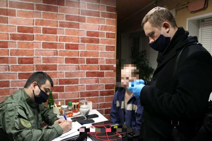 """В Липецке возбудили пять уголовных дел против членов экстремистской секты """"Свидетелей Иеговы""""*"""
