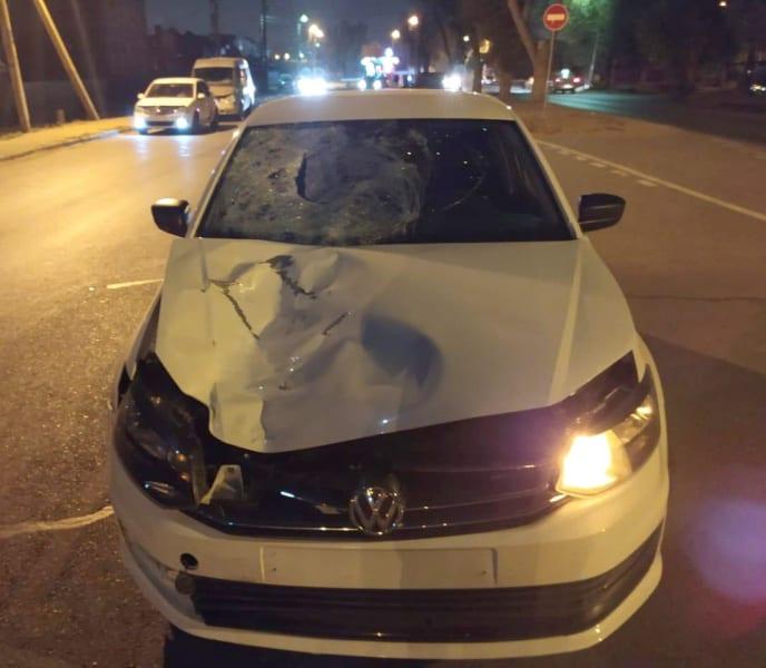 """В Астрахани молодой водитель """"Volkswagen Polo"""" насмерть сбил 35-летнюю женщину"""