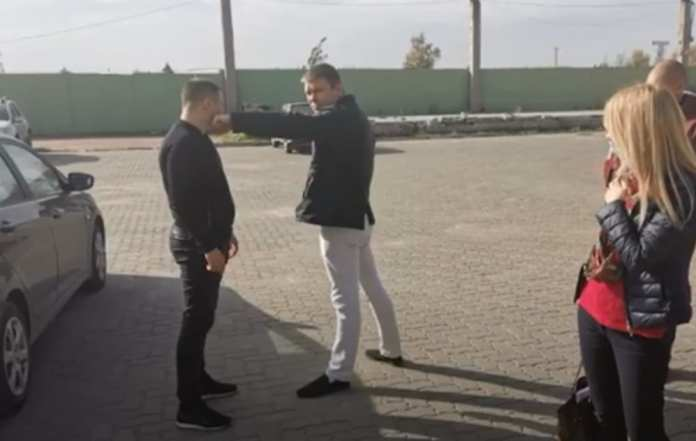 Опубликовано видео смертельной драки возле ночного клуба в Рязани