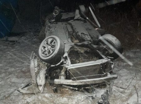 В Рязанской области на трассе М-5 грузовик врезался в легковушку
