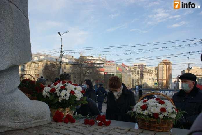 В Рязани почтили память погибших на войне безвестных солдат