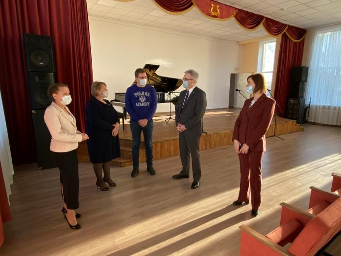 В Кораблине открылась детская музыкальная школа после капремонта