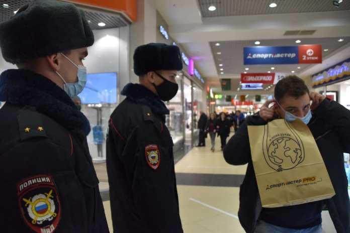 В Рязани проверили соблюдение масочного режима
