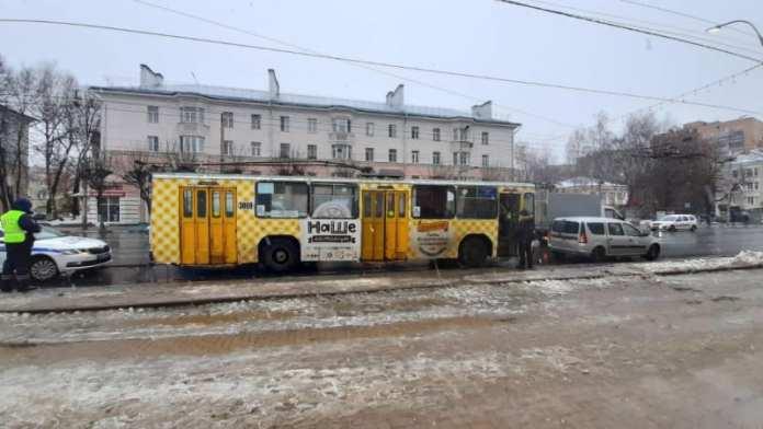 В центре Рязани троллейбус сбил 82-летнюю женщину