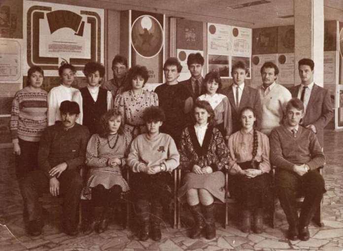 Аркадий Фомин опубликовал фото студенческих времён