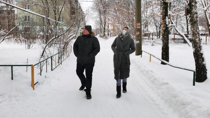 В администрации Рязани рассказали, куда обращаться с замечаниями по уборке двора от снега