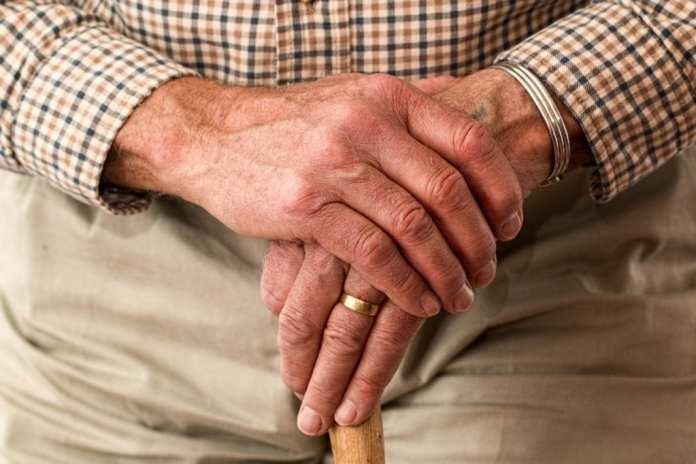 Режим самоизоляции для лиц старше 65 лет продлили до июня в Липецкой области