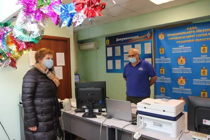 Елена Сорокина проверила работу городских служб