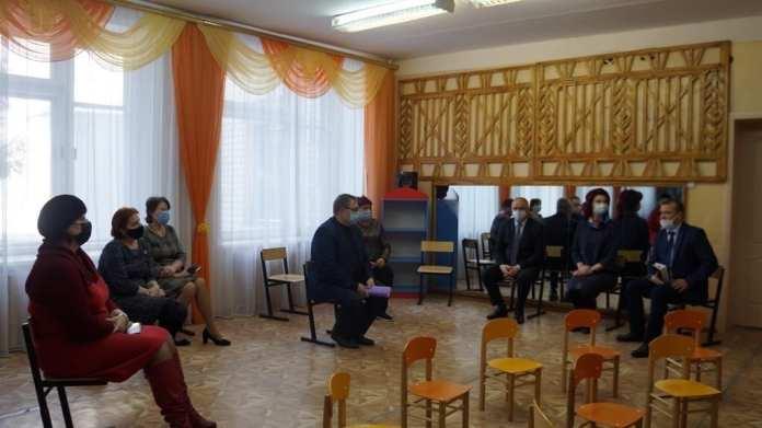 Детский омбудсмен помогла решить проблему со слабым отоплением и протечкой крыши в скопинском детсаду