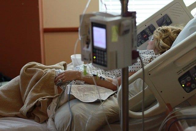 Операция «госпитализация». Как эффективно подготовить близкого человека к пребыванию в больнице