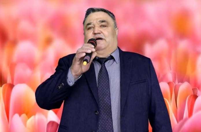 Депутат из Сасова исполнил для женщин песню-поздравление с 8 марта
