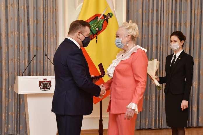 Любимов вручил госнаграды рязанским медикам и педагогам