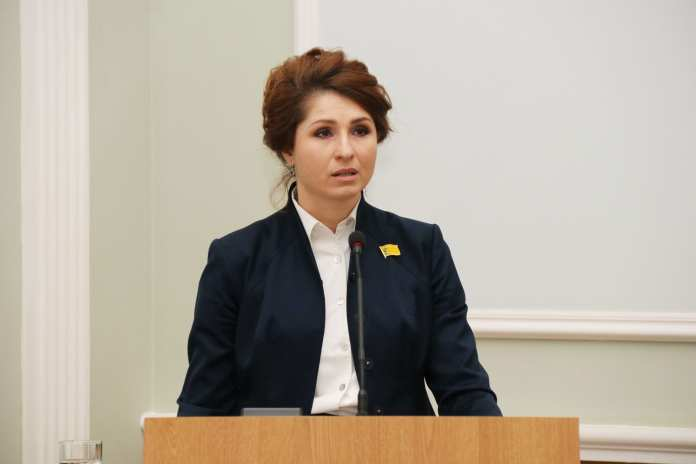 Рокотянская ответила на вопрос Караулова о возможной отставке