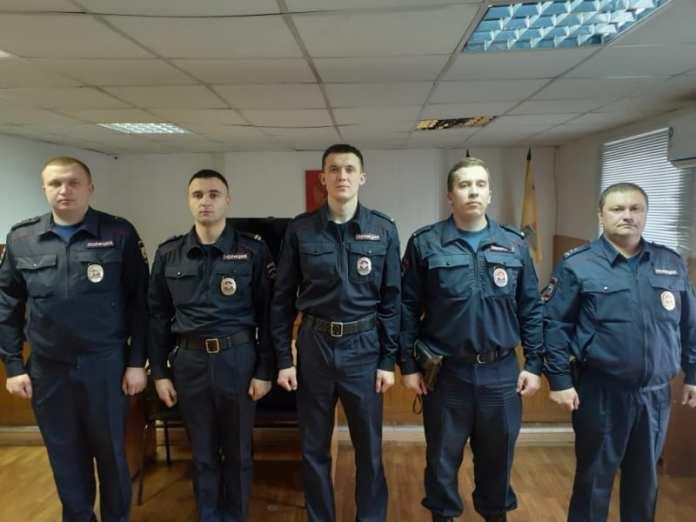 Рязанские полицейские спасли на пожаре 20 человек
