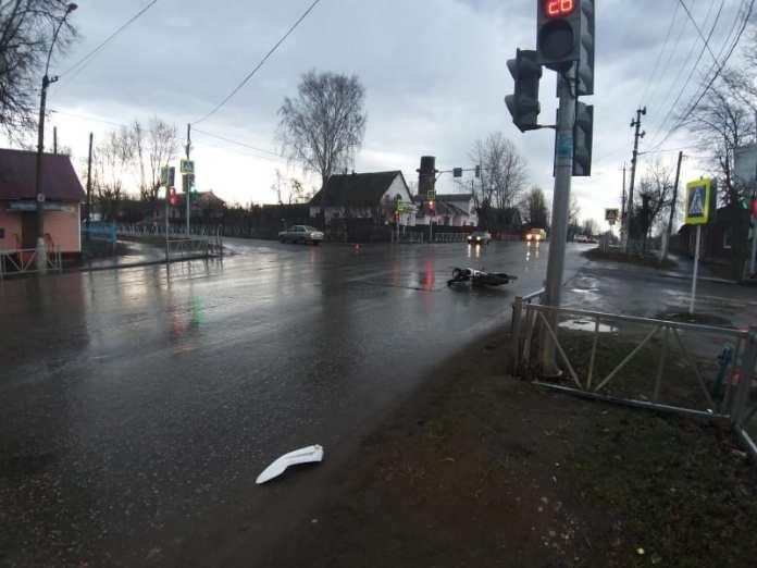 В Скопине мотоциклист получил травмы после столкновения с Lada Granta