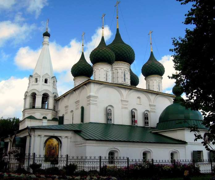 Бизнесмен и священник жестко раскритиковали городское хозяйство в Ярославле