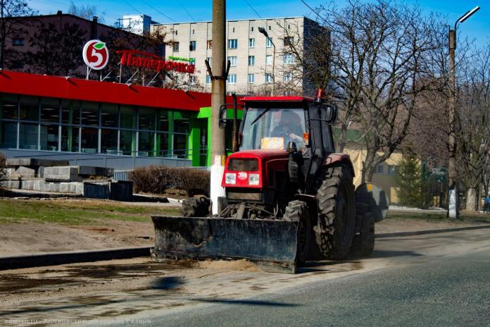 На уборку рязанских улиц вышли усиленные бригады