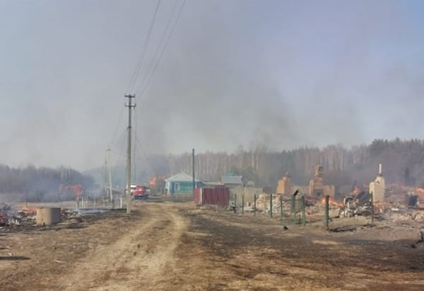 В рязанской деревне сгорели 15 домов и хозпостроек
