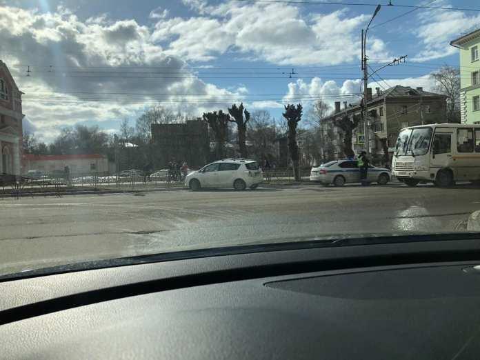 В Рязани женщина умерла за рулём автомобиля
