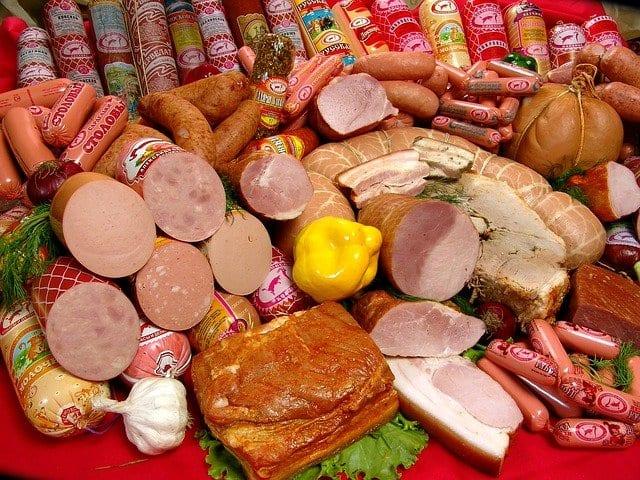 Касимовский предприниматель торговал колбасой без документов