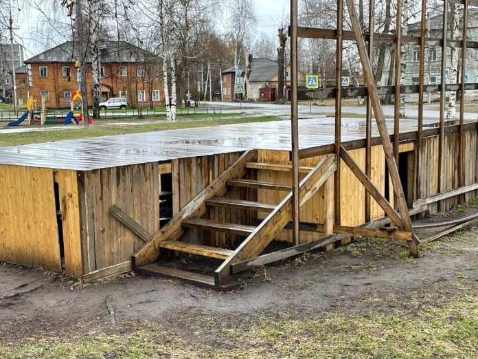 Хулиганы осквернили мемориал воинам ВОВ в Архангельской области